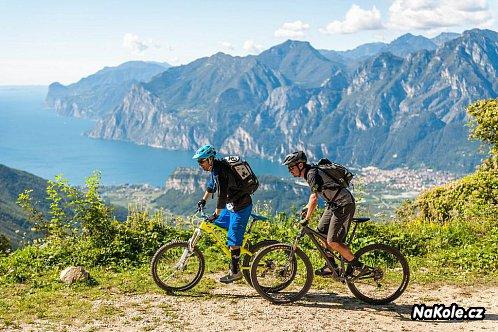 CROSS COUNTRY – Horská cyklistika naplno
