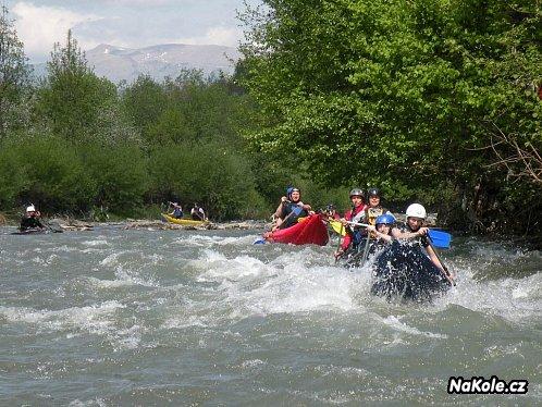 Na nafukovacích kanoích po rumunských řekách